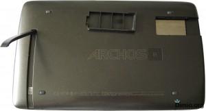 Задняя сторона планшета Archos 101 G9 - обзор
